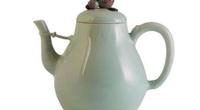 Ấm trà Trung Quốc đấu giá 1,3 triệu USD có lai lịch ra sao?
