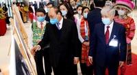 Thủ tướng Nguyễn Xuân Phúc gợi mở điều này, các đại biểu dân tộc thiểu số đồng loạt gật đầu, vỗ tay