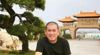Diễn viên hài Nhật Cường kể từng quét vôi mộ ở nghĩa trang kiếm tiền