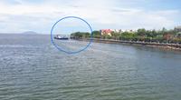 """Kiên Giang: Quán cà phê """"mọc"""" sừng sững ở công viên cộng đồng ven biển"""