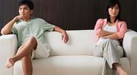Bi hài ly thân: chồng kinh doanh với bồ, lúc nợ nần lại đòi vợ