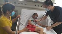 Bé 10 tuổi bị viêm não Nhật Bản nặng vì tiêm chủng không đúng lịch
