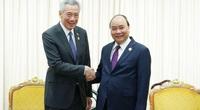 Hai Thủ tướng Nguyễn Xuân Phúc và Lý Hiển Long điện đàm: Singapore sẽ nhập khẩu gạo Việt Nam lâu dài