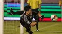 Bùi Tiến Dũng hóa Tim Krul ở World Cup 2014, CĐV khen ngợi điều gì?