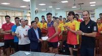 Góc khuất bóng chuyền Việt Nam (Kỳ 4): Tiền thưởng như lá mùa thu