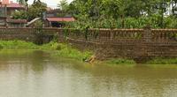Ao cá di tích ở làng cổ Đường Lâm bị lấn chiếm, Chủ tịch xã nói gì?