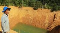 """Quảng Ngãi: Một nông dân đào giếng """"khủng"""" rộng 1.000m2 để chống hạn"""