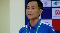 Thua CLB Viettel, HLV DNH Nam Định nói gì về trọng tài?