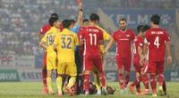 Đội nhà thua trận, CĐV Nam Định có hành động xấu xí