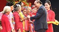 Thủ tướng gặp mặt, tôn vinh 300 mẹ Việt Nam anh hùng