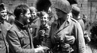 Trận chiến kỳ lạ: Lính Đức phản bội Hitler quay sang giúp Mỹ
