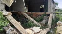 Nghịch lý bên dòng Nậm Piệt: Dân thấp thỏm sống trong bão lũ, khu tái định cư tiền tỷ bỏ hoang gần 10 năm