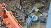 Đường ống sông Đà lại gặp sự cố, tạm ngừng cấp nước sạch cho Hà Nội