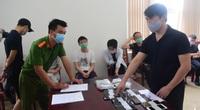 Xử phạt 7 người Trung Quốc đánh bạc hàng chục tỷ giữa mùa dịch Covid-19