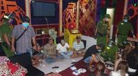 An Giang: Đột kích quán karaoke, phát hiện khách và nhân viên quán đều dương tính với ma túy