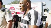 """Mike Tyson """"sex"""" trong tù đến mức… không còn sức để tập gym"""