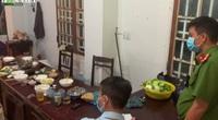 Clip: Nhiều nhân viên xổ số ở Đắk Lắk vẫn tụ tập ăn nhậu, hát hò khi đang cách ly xã hội