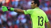 Trước trận gặp Lyon, Man City nhận tin không vui về thủ môn