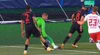 Atletico Madrid thua RB Leipzig vì bị... tước 1 quả phạt đền?