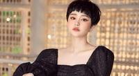 Nữ ca sĩ ngồi chung chuyến bay với Giám đốc người Nhật nhiễm Covid-19 cập nhật lịch trình di chuyển
