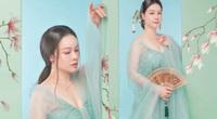 """Tuổi 35, Nhật Kim Anh mặc váy xuyên thấu quyến rũ """"gây mê"""" như mỹ nhân cổ trang"""