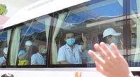 """25 y bác sĩ Bình Định lên đường đến Đà Nẵng, """"kề vai sát cánh"""" dập dịch Covid-19"""