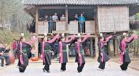 Vì sao năm 2020 người Tày ở Lào Cai chọn kiêng hướng nam?