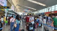 7 chuyến bay đưa 1.453 du khách mắc kẹt về địa phương