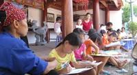 """Bài 3: Giữ gìn hồn cốt, """"ngọn lửa"""" truyền thống của làng quê Việt"""