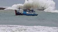 Áp thấp nhiệt đới đã đi vào Biển Đông, khả năng mạnh lên thành bão