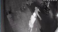 Cô gái đi một mình bị nhóm thanh niên manh động cầm dao đâm, cướp trong đêm