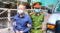 Xét xử nguyên Phó Chủ tịch TP.HCM Nguyễn Thành Tài: Bị cáo Thúy khóc sụt sùi tại toà