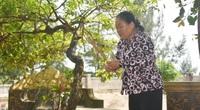 Quảng Bình: Người đàn bà 20 năm tình nguyện trông mộ loài cá thiêng khổng lồ