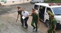 Nguyên Phó chủ tịch UBND TP.HCM Nguyễn Thành Tài bật khóc xin lỗi đồng đội tại tòa