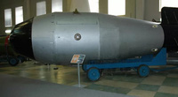 Vì sao Liên Xô chuyển bí mật về bom nguyên tử cho Trung Quốc?