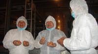 """Có gì đặc biệt ở trại nuôi gà công nghệ cao lấy trứng """"vàng"""" khiến Chủ tịch Hội Nông dân Việt Nam khen tấm tắc?"""
