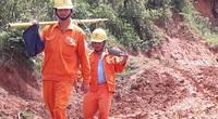 Vượt núi đưa điện về làng Đê Kôn
