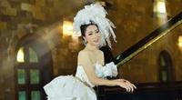 Trịnh Kim Chi bất ngờ đăng ảnh cưới và thu âm tình khúc với chồng doanh nhân sau 20 năm kết hôn
