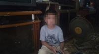 Tuổi thơ bất hạnh của bé trai 9 tuổi bị bố hành hạ dã man