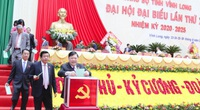 Ông Trần Văn Rón tiếp tục giữ chức Bí thư Tỉnh ủy Vĩnh Long
