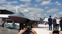 Cận cảnh máy bay thế hệ thứ 5 của châu Âu: Hệt F-22 Mỹ!