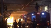Hải Dương: Cháy lớn tại Công ty Nam Sinh, hơn 1000m2 nhà kho bị thiêu rụi