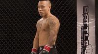 Clip: Cuộc nội chiến nảy lửa của 2 võ sĩ MMA gốc Việt trong lồng sắt