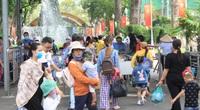 TP.HCM: Thảo Cầm Viên Sài Gòn, siêu thị, trung tâm thương mại đông nghẹt ngày đầu năm