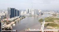"""Ảnh: Cầu biểu tượng mới ở TP.HCM bắc qua sông Sài Gòn """"đứng hình"""" sau 5 năm khởi công"""