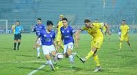 """Nam Định dùng """"lửa"""" Thiên Trường """"đốt cháy"""" Hà Nội FC"""