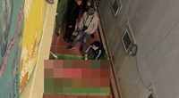 Lên mái nhà quay video Tik Tok, thanh niên rơi xuống đất tử vong