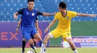 """Trước đại chiến Sài Gòn FC, HLV Kiatisak nhận tin dữ về """"Ronaldinho Việt Nam"""""""