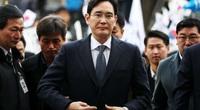 CEO Samsung lĩnh 2,5 năm tù vì hối lộ bạn gái cựu Tổng thống Hàn Quốc