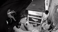 Vờ mua bánh mì, thanh niên trộm iPhone rồi nhắn tin mượn tiền khách hàng của nạn nhân